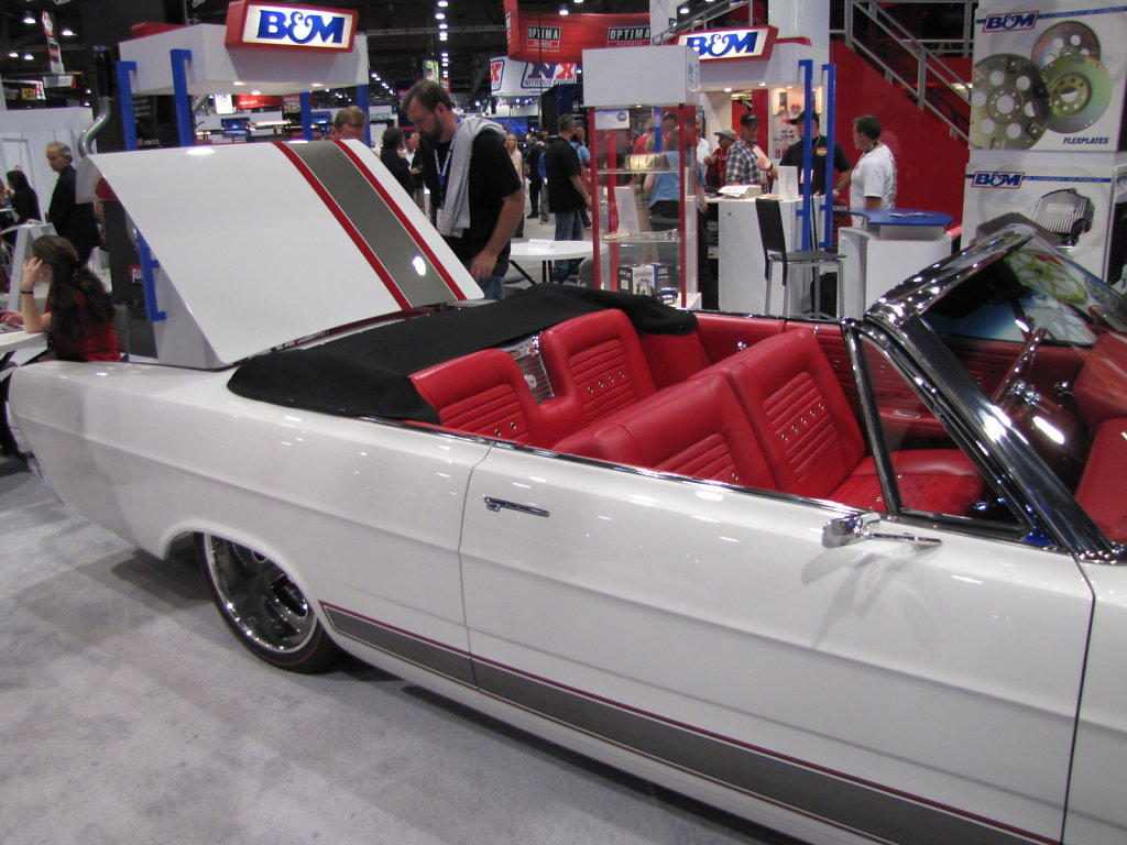 FORD-GALAXY-CONVERTIBLE-SIDE-BACK.JPG