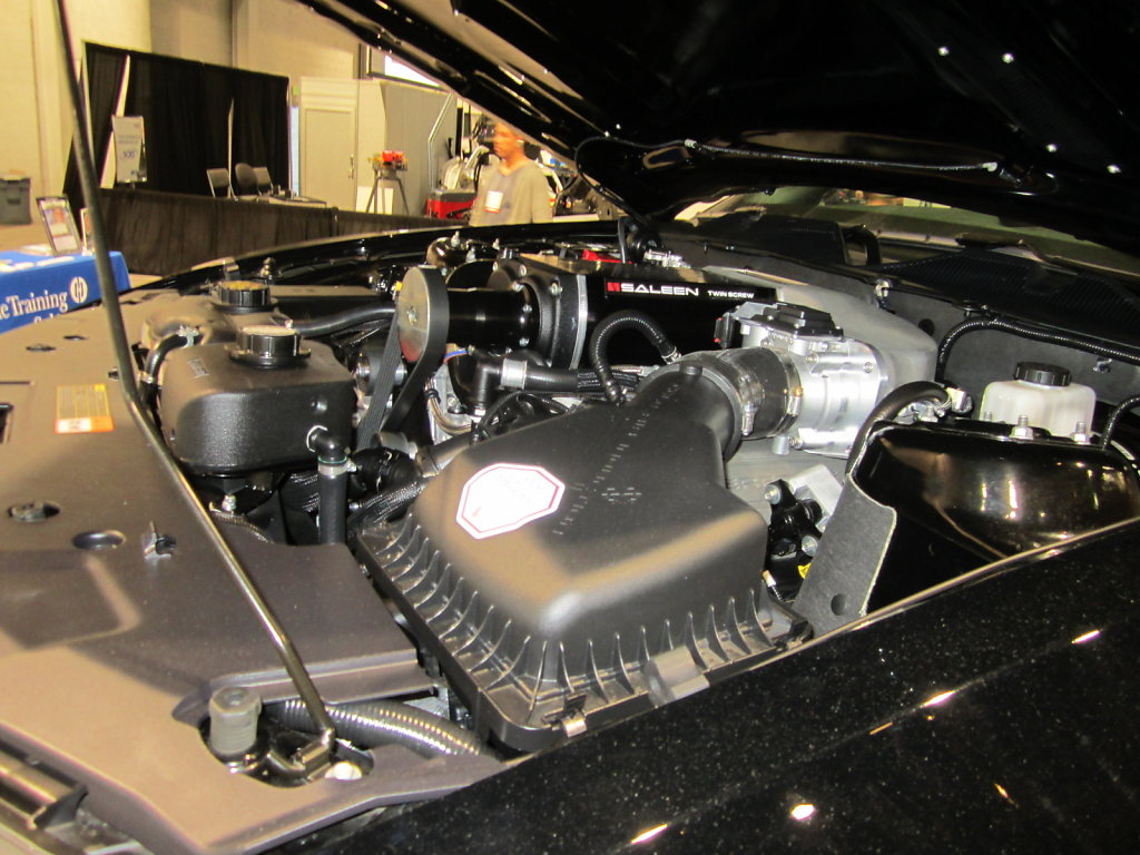 Ford-Saleen-Mustang-Engine.JPG